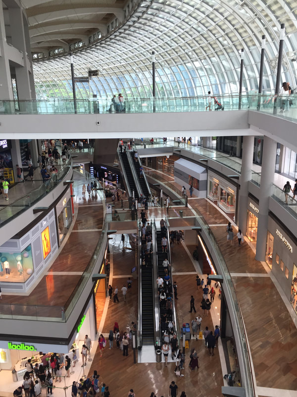 Shoppes at Marina Bay Sands Mall // Out Of Office With Rebecca